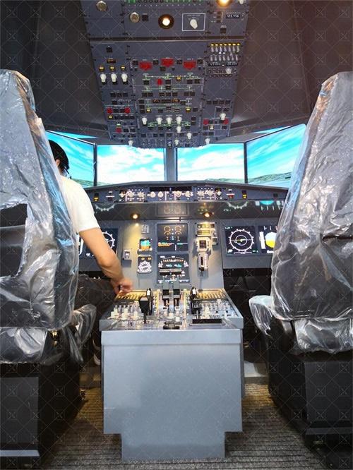 A320动感飞行模拟器